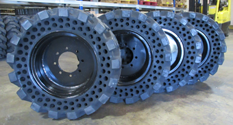 Solid Flatproof Skidsteer Tire